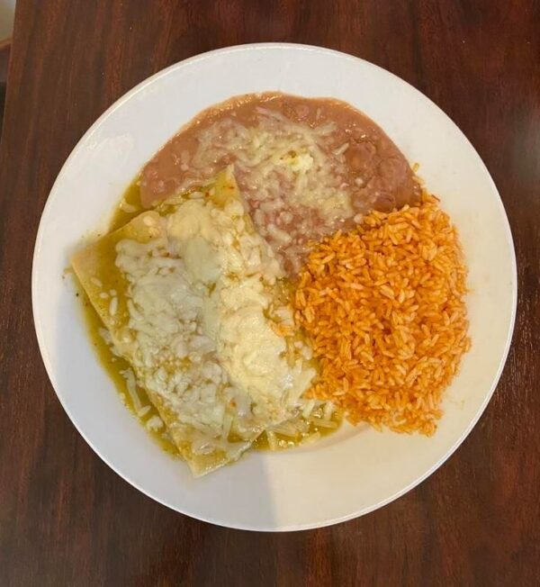 Enchiladas verdes1
